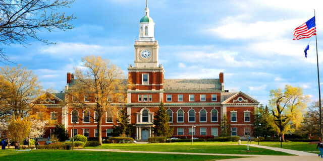 How to Choose Best College in USA